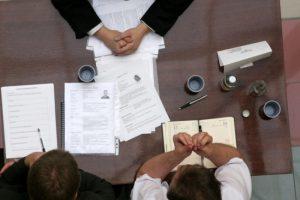 Возможна ли передача права требования долга третьему лицу?