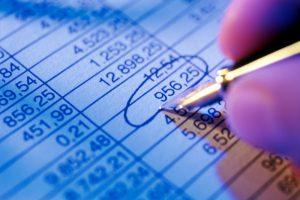Бухучет ГСМ по топливным картам: возмещение расходов